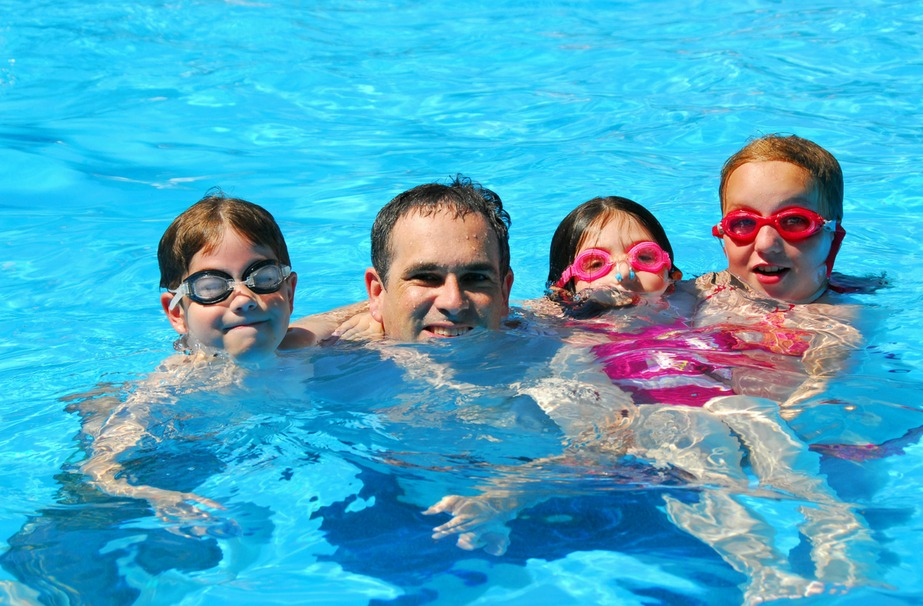 5 fun ideas for a family staycation. #1 Find the water.